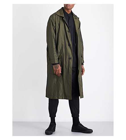 ISSEY MIYAKE Belted woven coat (Khaki