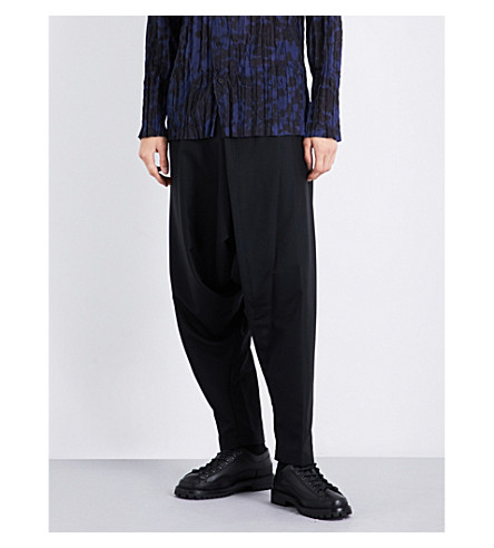 ISSEY MIYAKE Dropped-crotch regular-fit wool-twill trousers (Black
