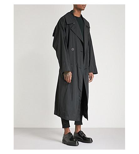 ISSEY MIYAKE Draped shell trench coat (Black