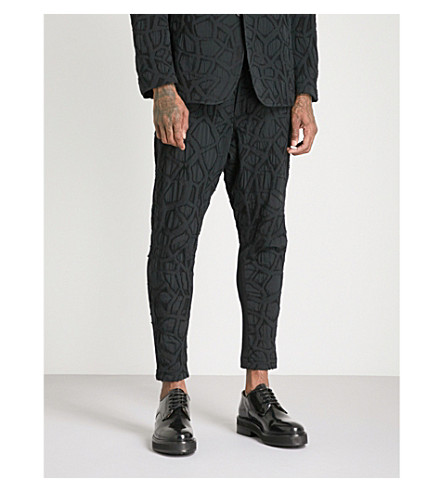 ISSEY MIYAKE Textured relaxed-fit woven trousers (Black