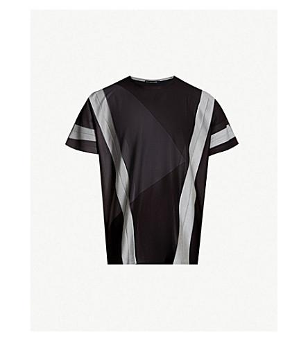 ISSEY MIYAKE Contrast-panel jersey T-shirt (Black