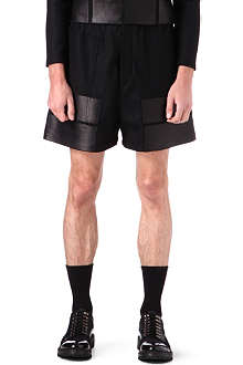 HIROAKI KANAI Leather detail shorts
