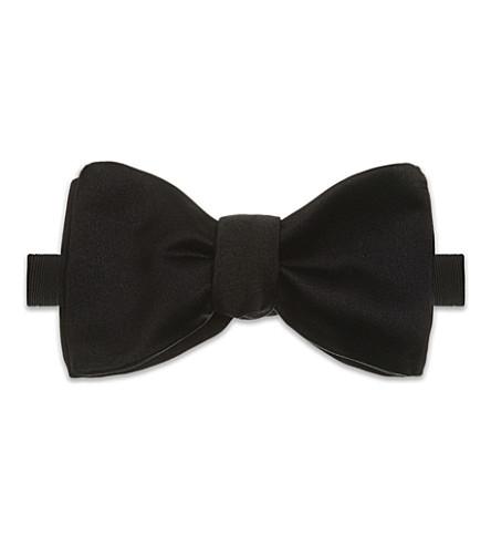 RICHARD JAMES Silk bow tie (Black