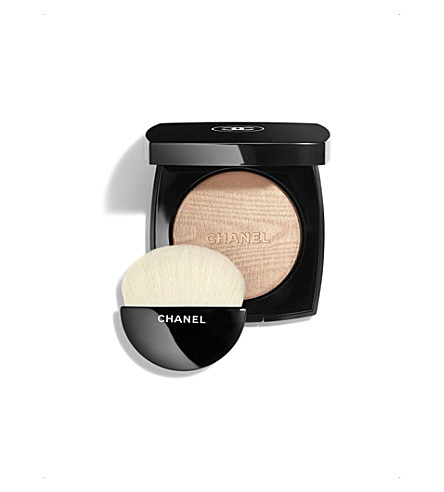 CHANEL <strong>POUDRE LUMIÈRE</strong> Illuminating Powder 8.5g (Ivory+gold