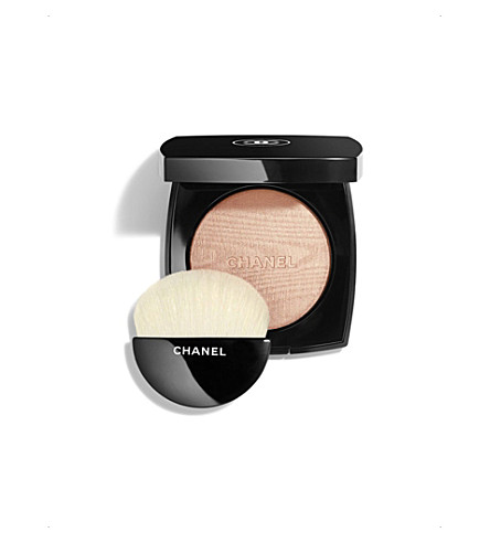 CHANEL <strong>POUDRE LUMIÈRE</strong> Illuminating Powder 8.5g (Warm+gold