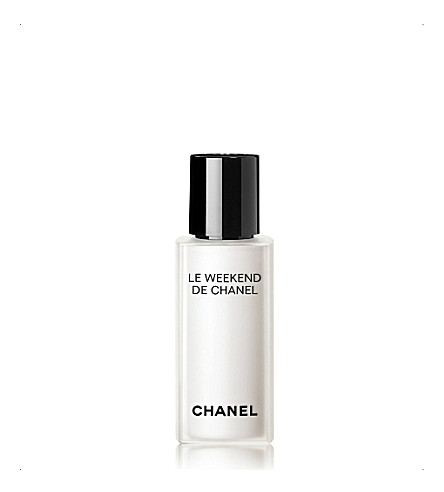 CHANEL <strong>LE WEEKEND DE CHANEL RENEW</strong> Weekly Renewing Face Care