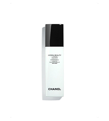 CHANEL <strong>HYDRA BEAUTY LOTION VERY MOIST</strong> Hydration Protection Radiance