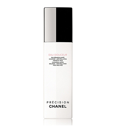 CHANEL <strong>EAU DOUCEUR</strong> Cleansing Water Balance + Anti–Pollution Face and Eyes