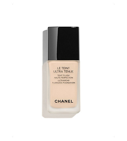 CHANEL <strong>LE TEINT ULTRA TENUE</strong> Ultrawear Flawless Foundation Beige Rosé 32 (Beige+rose+32