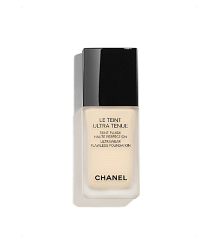 CHANEL <strong>LE TEINT ULTRA TENUE</strong> Ultrawear Flawless Foundation Beige 10 (Beige+10