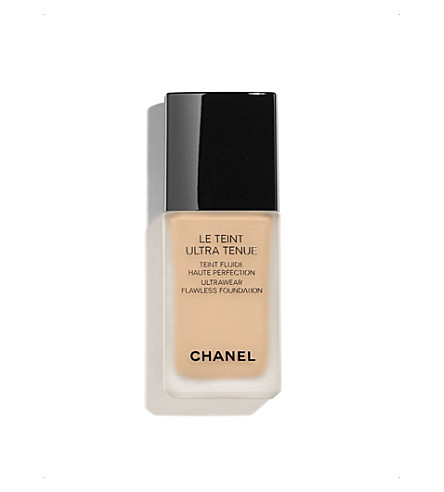CHANEL <strong>LE &quot;超 TENUE</strong> Ultrawear 无瑕粉底米色 70 (Beige+70