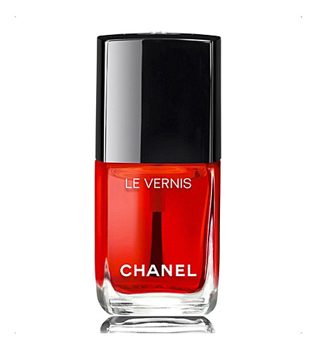 CHANEL <strong>LE VERNIS</strong> Nail Gloss (Rouge+radical