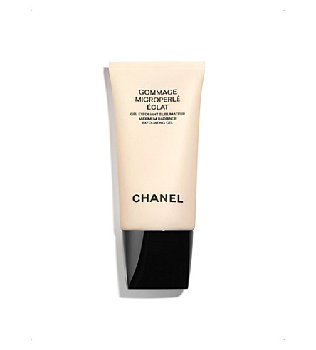 CHANEL <strong>GOMMAGE MICROPERL&Eacute; &Eacute;CLAT</strong> Maximum Radiance Exfoliating Gel