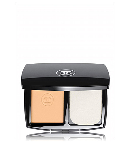 CHANEL <strong>LE TEINT ULTRA TENUE</strong> Ultrawear Flawless Compact Foundation SPF 15 Beige 21 (Beige+21