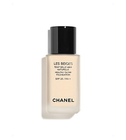 CHANEL <strong>LES BEIGES</strong> Healthy Glow Foundation (No10