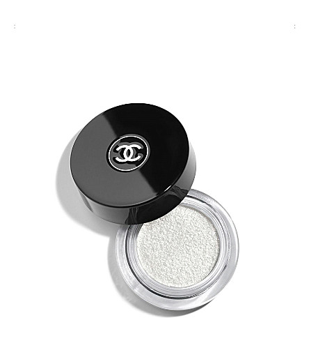 CHANEL <strong>ILLUSION D'OMBRE</strong> Long Wear Luminous Eyeshadow – Fantasme (Fantasme