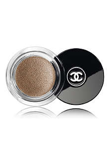 CHANEL ILLUSION D'OMBRE Long Wear Luminous Eye Shadow