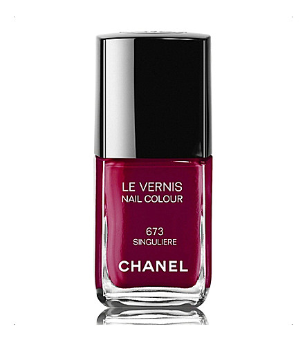 CHANEL <strong>LE VERNIS</strong> Nail Colour (Singuliere