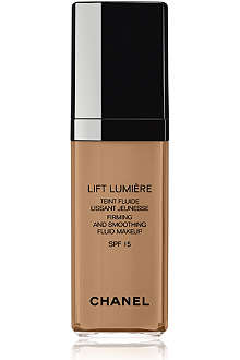 CHANEL LIFT LUMIÈRE Firming and Smoothing Fluid Make–Up SPF 15