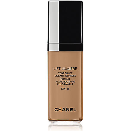 CHANEL LIFT LUMIÈRE Firming and Smoothing Fluid Make–Up SPF 15 (Beige