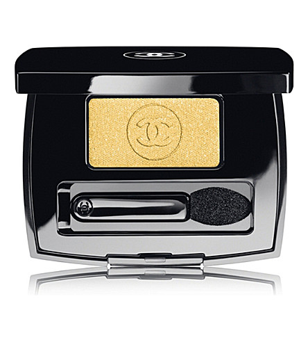 CHANEL <strong> OMBRE ESSENTIELLE </strong> Soft Touch Eyeshadow (Admiration+114