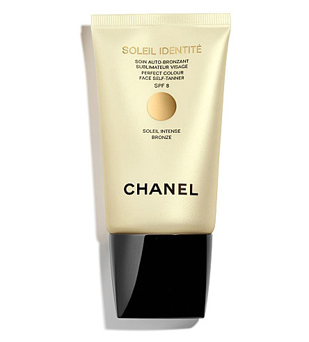 CHANEL <strong>SOLEIL INDENTITÉ – </strong>Perfect Colour Face Self–Tanner SPF 8 (Bronze