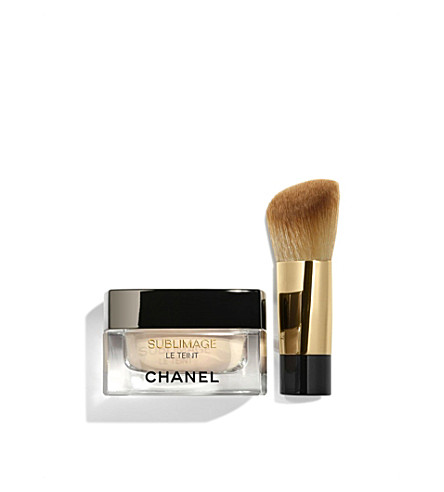 CHANEL <strong>SUBLIMAGE LE TEINT</strong> Ultimate Radiance Generating Cream Foundation (Beige+10