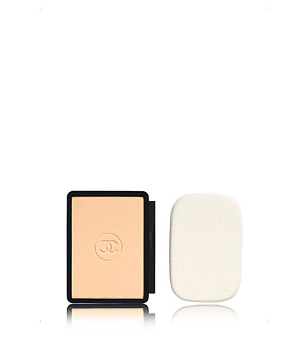CHANEL <strong>LE TEINT ULTRA TENUE</strong> Ultrawear Flawless Compact Foundation Refill SPF 15 13g (10+beige