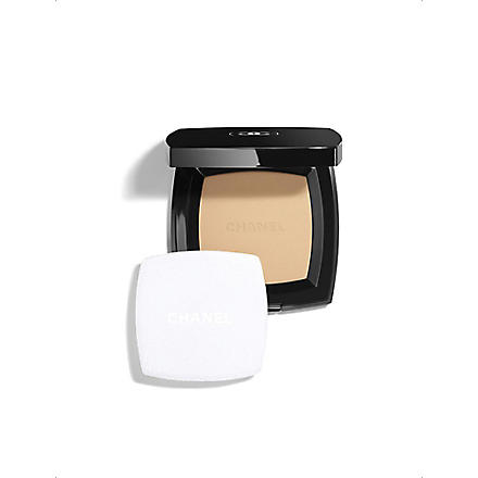 CHANEL POUDRE UNIVERSELLE COMPACTE Natural Finish Pressed Powder (Dore