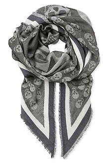 ALEXANDER MCQUEEN Flag and skull-printed scarf