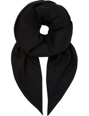ALEXANDER MCQUEEN Woven skull scarf