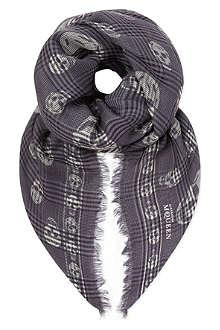 ALEXANDER MCQUEEN Checked skull scarf