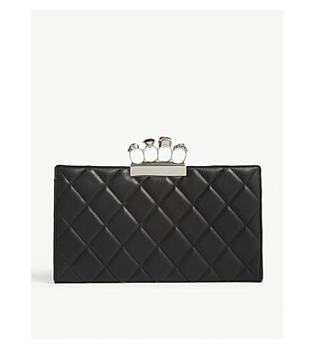 ALEXANDER MCQUEEN Skull ring quinted leather pouch (Black/silver