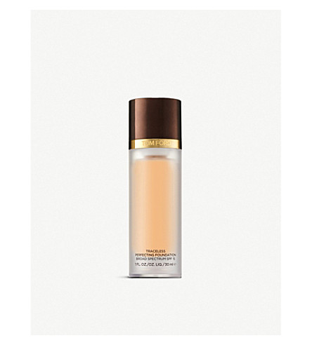 TOM FORD Traceless Perfecting Foundation SPF 15 (Ivory