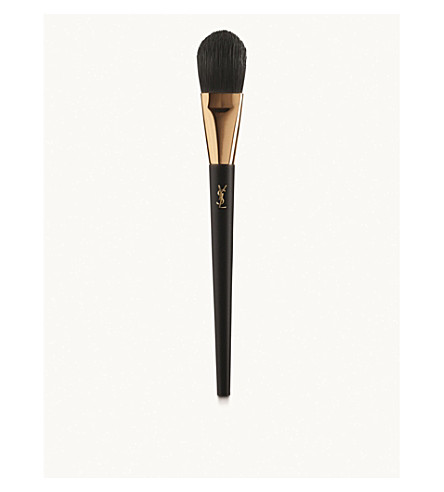 YVES SAINT LAURENT Pinceau Perfecteur Teint Polisher Brush