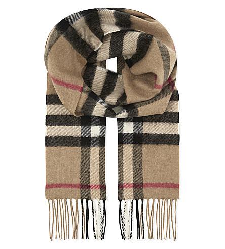 BURBERRY Check print cashmere scarf (Camel+check