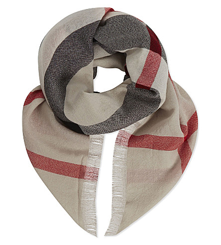 BURBERRY Checked extra fine merino wool scarf (Stone