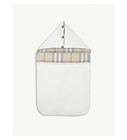 BURBERRY Sienna quilted cotton baby nest (White