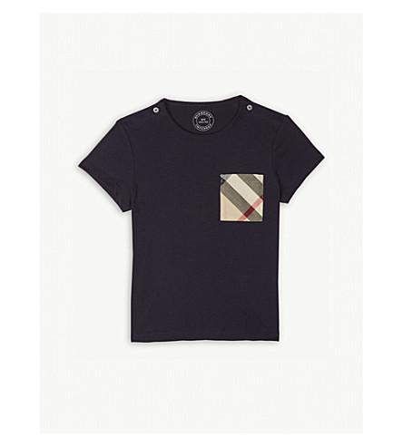 BURBERRY 检查打印口袋棉 t恤衫6-36 月 (真 + 海军