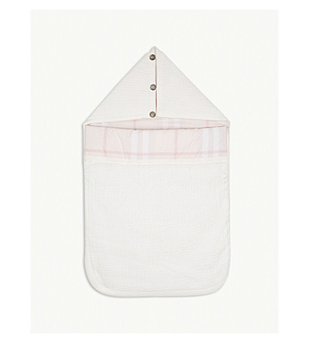 BURBERRY Sienna quilted cotton baby nest (Ice+pink