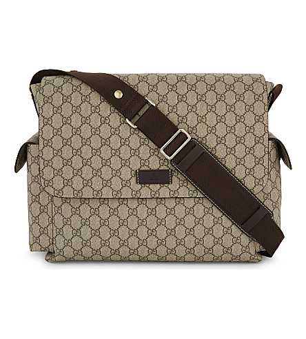 GUCCI Supreme canvas changing bag (Beige