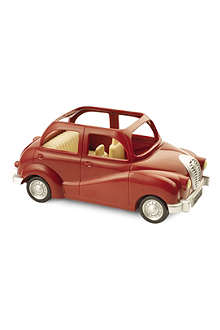 SYLVANIAN FAMILIES Red saloon car