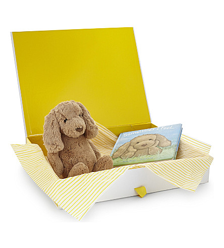 JELLYCAT Bashful Toffee Puppy and book hamper