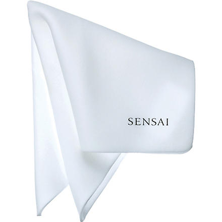 SENSAI BY KANEBO Sponge Chief