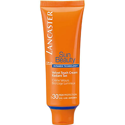 LANCASTER Sun Beauty Velvet Touch Cream SPF 30