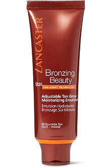 LANCASTER Adjustable Tan Glow Moisturizing Emulsion