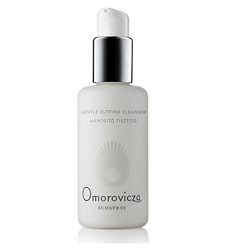 OMOROVICZA Gentle buffing cleanser