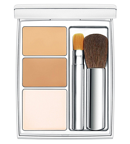 RMK Super Basic Concealer Pact (01