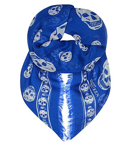 ALEXANDER MCQUEEN Skull-print modal-silk pashmina (Perwinkle/ivory