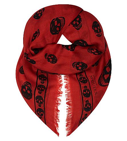 ALEXANDER MCQUEEN Skull-print modal-silk pashmina (Flame/black